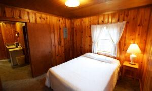 Double bed bedroom #2