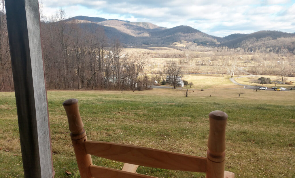 Late autumn at Hotel Lodge Rooms - Blue Ridge View Lodges on Doubletop Mountain