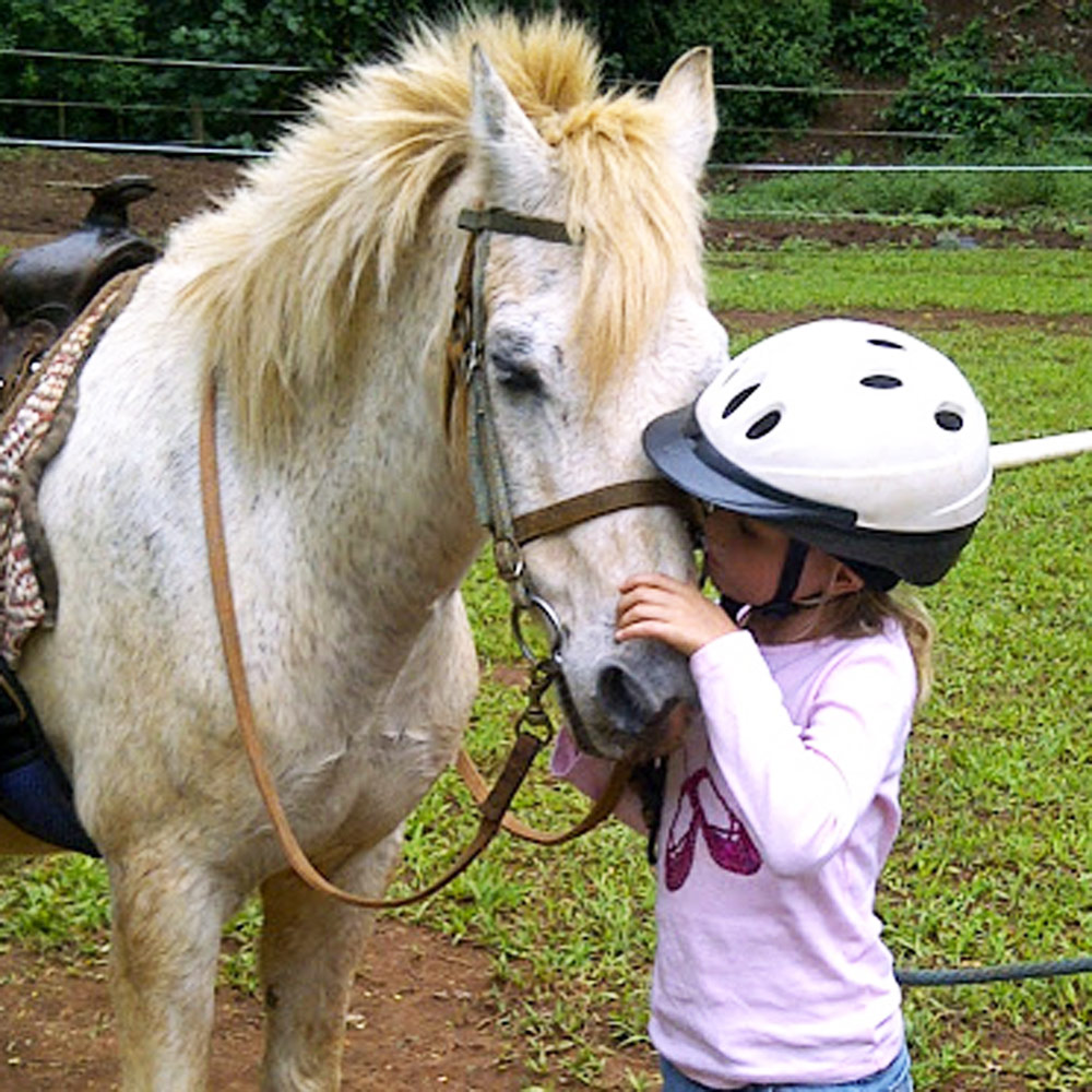 Pony rides at Graves Mountain Farm & Lodges