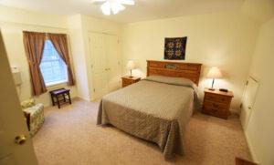Bed room #1 - one quuen bed